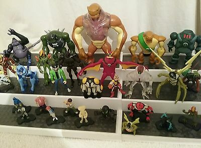 BEN 10 Collection of 28 quality figures