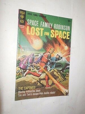space family robinson  lost in space=== #26--has 2 covers=======mint