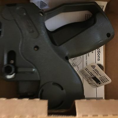 NEW MONARCH 1110-01 PRICE GUN LABELER In Original Box- This Means Business!