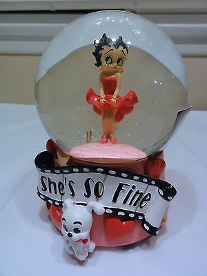 "Betty Boop "" She's So Fine "" - Globe Music Box Along With Box - Works"