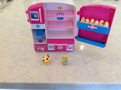 Shopkins So Cool Fridge With 2 Shopkins And 6 Little Eggs