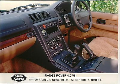 Range Rover 4.0 V8 dashboard view original colour Press Photograph