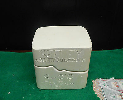 SEELEY   Porcelain / Ceramic Doll AM DREAM BABY S-219 Mold 1982