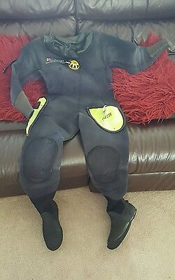 Ladies Northern Diver Dry Suit Size 8-10-12