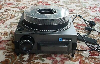 SIMDA 35mm SLDE PROJECTOR WITH REMOTE