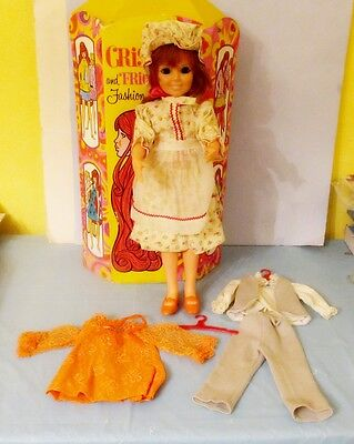 1969 Ideal Crissy Doll With Crissy & Friends Fashion Tote Case & Outfits