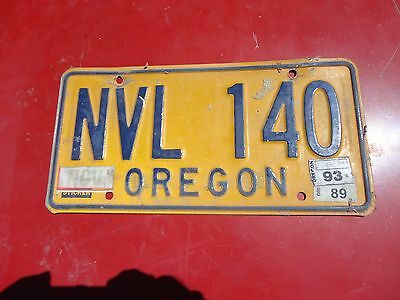 Oregon License Plate NVL 140   last sticker 1993