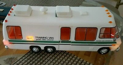 ** 1978 HESS * TRAINING VAN - great condition all lights  working NO BOX..