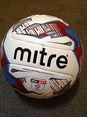 Mitre Delta Hyperseam SCUNTHORPE Club Ball FIFA Quality Approved
