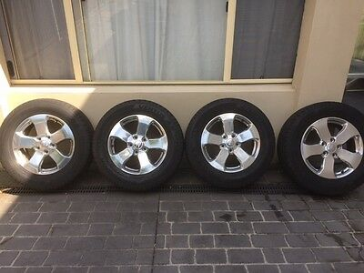 Genuine Jeep Grand Cherokee WK2 18 inch set of 4 alloy wheels and tyres at 80%
