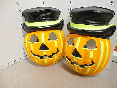halloween mask vintage 1970s (1) PUMPKIN top hat Jack O Lantern monster smiling
