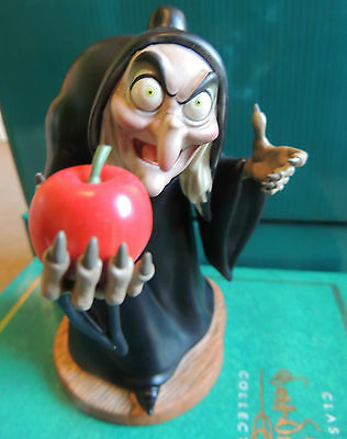 WDCC Old Hag Witch from Snow White - Walt Disney Classics Collection