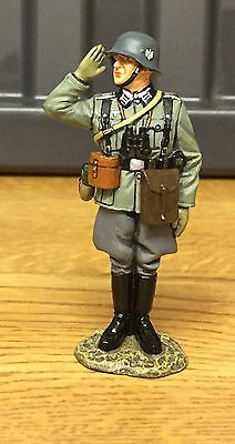 King And Country WW2 German Forces, German Officer Saluting, MIB