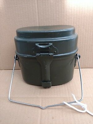 Hungarian army mess kit