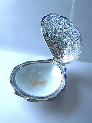 Vintage clam shell butter dish