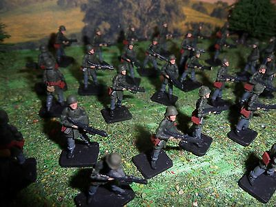 1/72 20mm Scifi German PAINTED Infantry Dust AT43 Game theme Miniatures