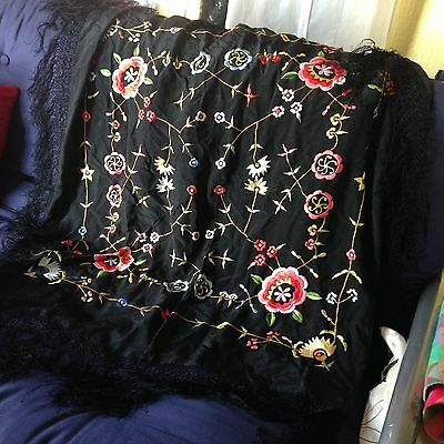 Stunning vintage silk blend shawl. 1m square, perfect condition.