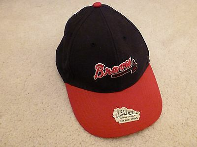 Boys Nineteen47 Official Braves Baseball Cap. One size stretch. D013