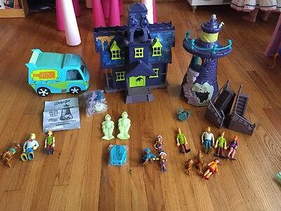 Lot Scooby Doo Mystery Mansion Haunted House Playset Figures CAVE  Machine Van