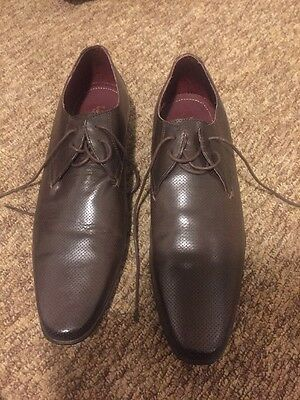 Men's Size 11 Smart Brown Shoes