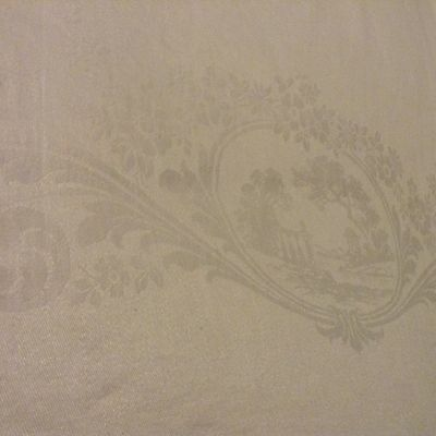 """Vtg DOUBLE DAMASK white LINEN TABLECLOTH Lady in Cameo w/ Pillars FLORAL 88x68"""""""