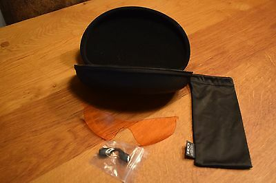 OAKLEY - Extra large Vault Sunglasses Case with Radarlock Path lens and cloth