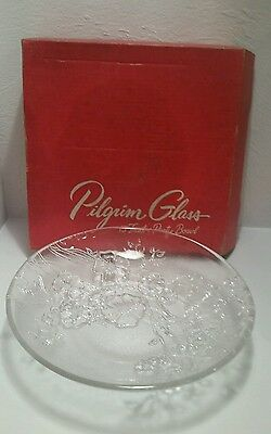 "Vintage Pilgrim Art Glass 13"" Fruit & Party Bowl  Floral Design hand made usa."