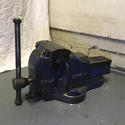 Record No 84-34 QUICK RELEASE HEAVY DUTY BENCH VICE 4 1/2 ENGINEERS 23