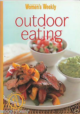 Outdoor Eating   by The Australian Women's Weekly  (Mini Paperback Cookbook)