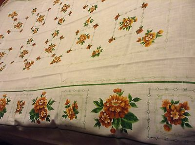 "Nice NWOT NOS Lovely LINEN TABLECLOTH 90x60"" Flowers GREEN & TAN on WHITE mainly"