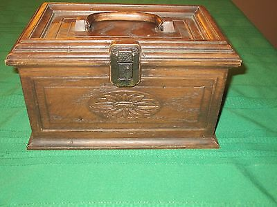 Vintage Lerner Faux Wood  Plastic Sewing Or Craft Box, With A Few Buttons Inside