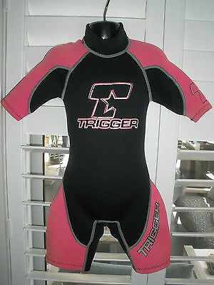 Trigger Little Girls Size 4 Pink And Black Wetsuit