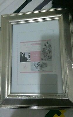 "Brand new silver colour photo frame 5""x7"""