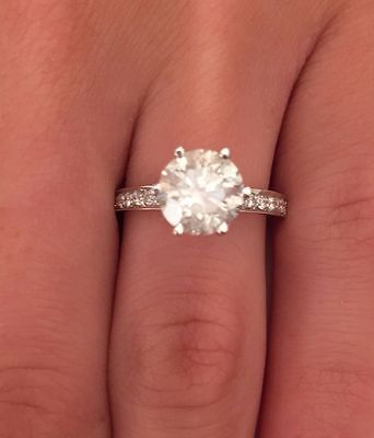 1Ct Round Brilliant Cut Diamond Solitaire Engagement Ring Solid 14K White Gold