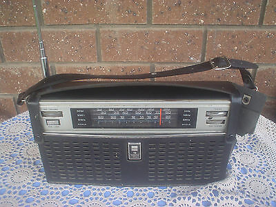 Retro Sharp Portable Radio BY 352 Transistor 2 Speaker