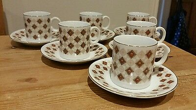 Gorgeous set of 6 small coffee cups and saucers