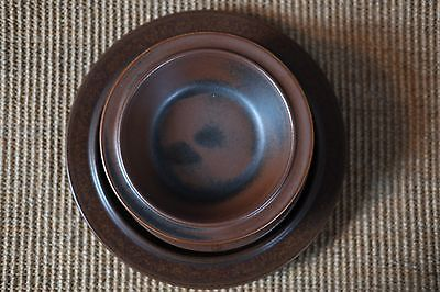 ARABIA FINLAND RUSKA 2x soup bowls, 1x dinner plate and 4x side plates