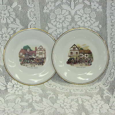 Royal Doulton Collector Plates Old Coach House York & Woolhampton Display