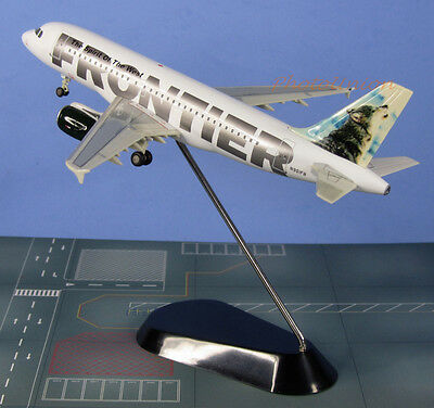 STARJETS 1:200 Scale FRONTIER AIRLINES A319 GRAY WOLF PLANE MODEL SJ_N901FR