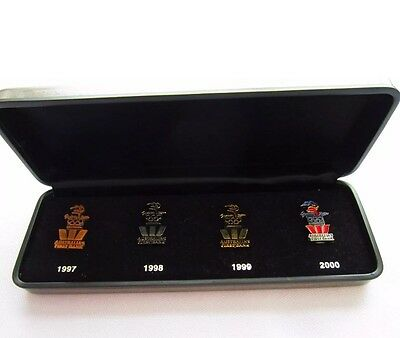 Westpac boxed x4 Olympic Games Sydney 2000 pins countdown set 1997-2000 | New