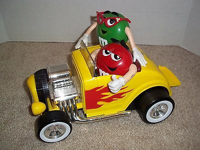 """M&M Candy Hot Rod Race Car Candy Dispenser 10.5"""" x 7.5"""" Collectible Plastic"""