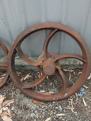 Large Antique Cast Iron Wheel–House Decor-Pioneer Display-Show Piece