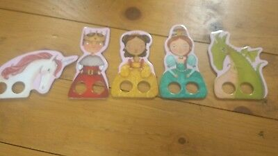 fairytale travel finger puppets