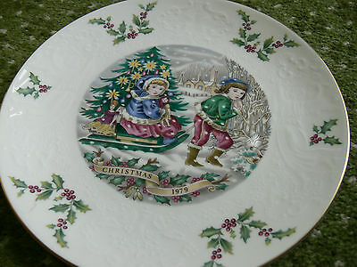 Royal Doulton X-mas Plate 1979, 3rd in series, bone china, good condt., see spec