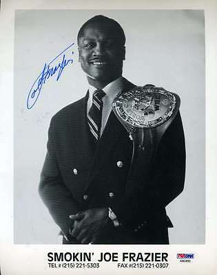 Joe Frazier Psa/dna Coa Signed 8X10 Photo Authentic Autograph
