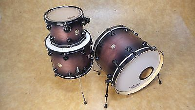 DW Collector's Series 3pc Shell Pack  Satin Lavender Burst w/Black Hardware