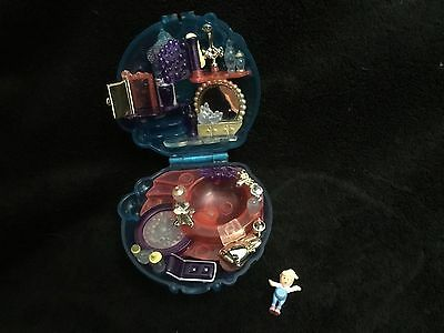 Polly Pocket mini maison Bain + 1 personnage