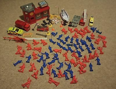 Fireman Fire Fighter Fire engines playset bundle figures army men lots!!!