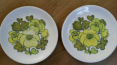 "2 Alfred Meakin Plates - Vintage - Retro - 8"" Plates - Glo White Ironstone"