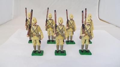 A47: White Metal British Colonial Soldiers x 7